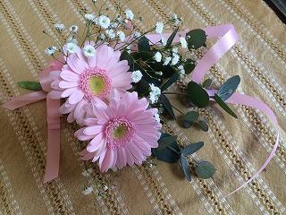 生花のコサージュ、簡単な作り方
