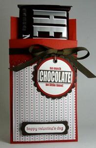 紙バッグにチョコを差し込んで